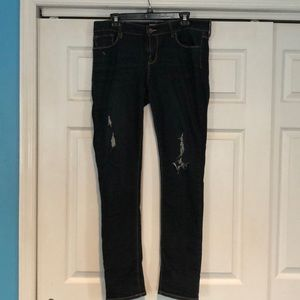 Pacsun dark wash distressed skinny jean size 13